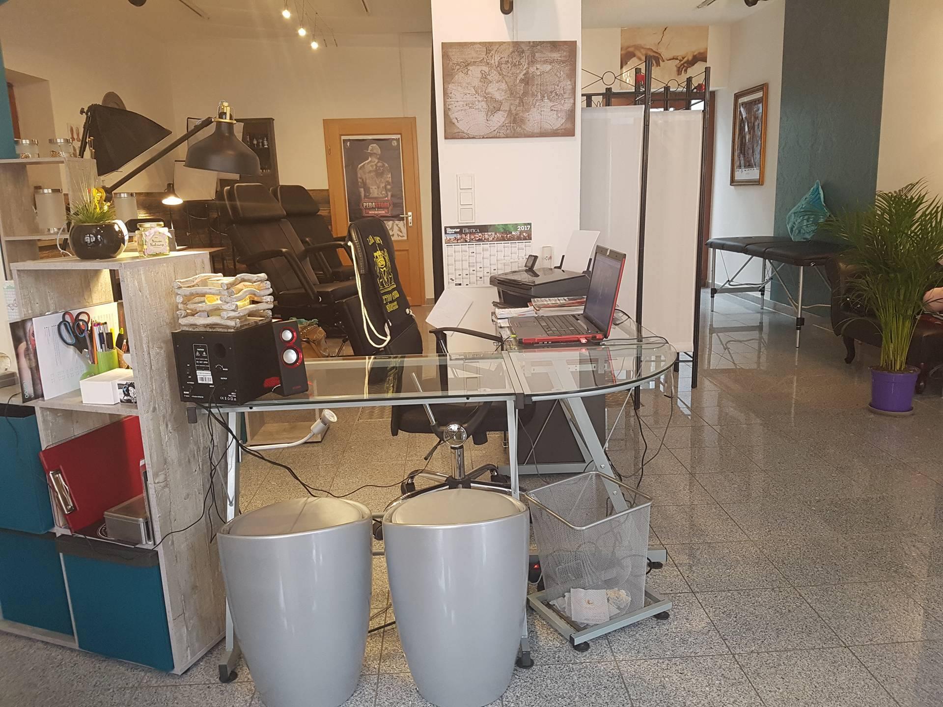 SandysScandalSkin Tattoo Studio
